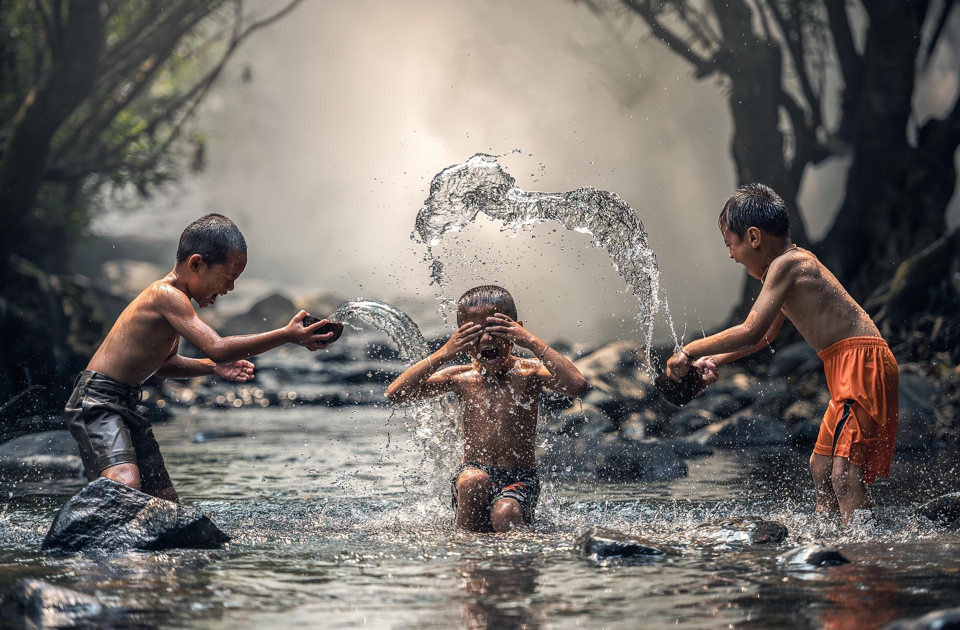 水は命の源